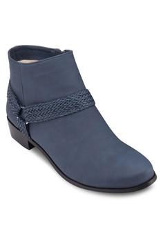 Strap Boot Heels