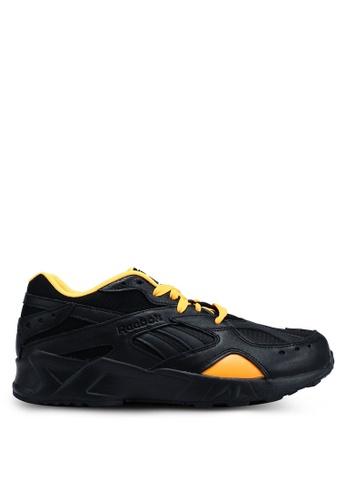 Reebok 黑色 and 白色 and 金色 Classic Gigi Hadid X Reebok Aztrek Sneakers A198CSHDF5E80FGS_1