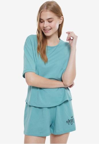 Trendyol 綠色 Magic 睡衣組 45563AAB4E6441GS_1