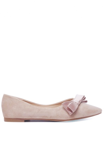 Twenty Eight Shoes beige Synthetic Suede Bow Ballet Flats 89-72 5DA60SH1BDF7ACGS_1