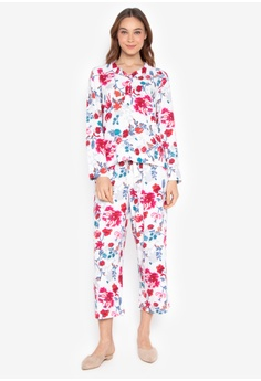 79b7596869 Sleepwear for Women Available at ZALORA Philippines