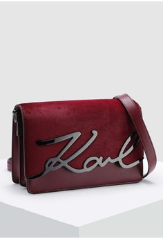 35% OFF KARL LAGERFELD Signature Luxe Crossbody Bag Rp 8.084.490 SEKARANG Rp  5.249.000 Ukuran One Size 977c907615
