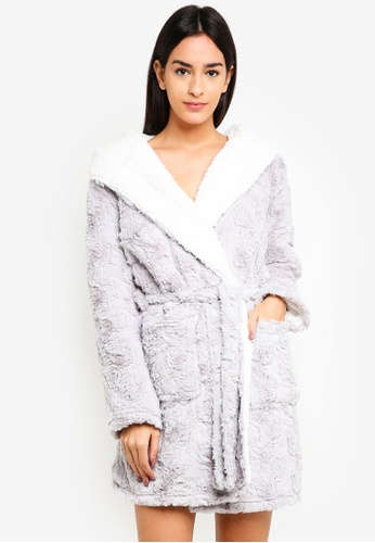 TOPSHOP grey Faux Fur Fluffy Robe 5B2DCAA983A170GS_1