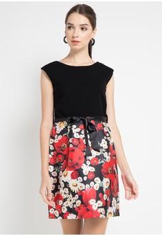 Dres short sleeves flower strap