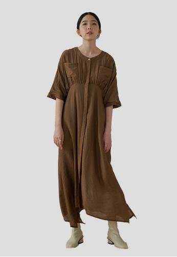We Enjoy Simplicity brown Faye Round Collar Long Dress (Shimmer Hazelnut) 13EDDAAA8D3A44GS_1