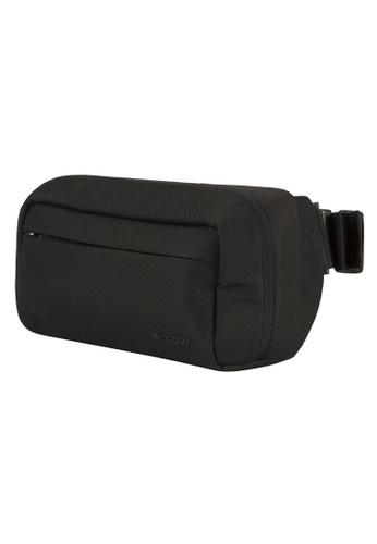 Incase black Incase INCP300219-BLK Capture Side Bag Black 860FDAC204D382GS_1