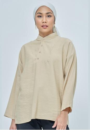 MC Vogue beige Serena Beige Buttonned Collar Blouse 19086AA8479565GS_1