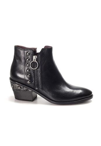 Shu Talk 黑色 Lecca Lecca 真皮高雅尖頭短靴 500E9SH5248B60GS_1
