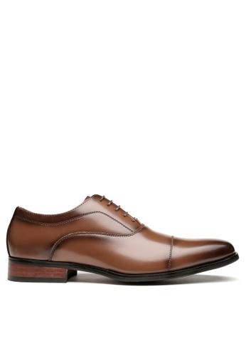 Twenty Eight Shoes Leather Cap Toe Business Shoes KB888-1 72C2CSHA0AB17EGS_1