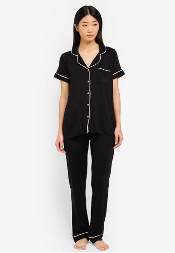 LC Waikiki black Black Standard Pair Of Pajamas 0ADBAAAF4CC280GS_1