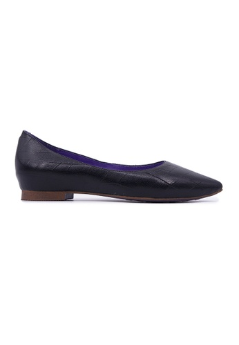 Flatss & Heelss by Rad Russel black Classic Pointy Flats - Black EAE1CSHA88D315GS_1