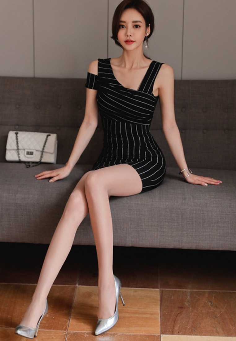 Off Pinstripe 2018 Bodycon white Black New Shoulder Sunnydaysweety Piece One Dress CA062950MT Pattern 5xxTtwrnXg