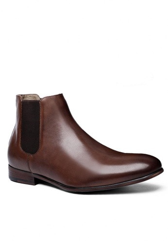Twenty Eight Shoes brown Gin Leather Chelsea Boot M6715 D549DSH572ADBEGS_1