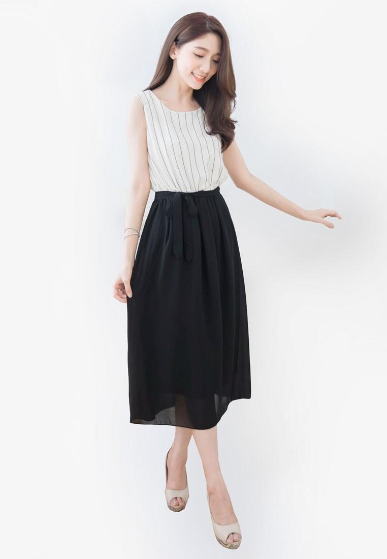 Vertical Striped Sleeveless Midi Dress