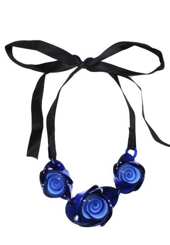 Istana Accessories Sterlia Flower Fashion Necklace