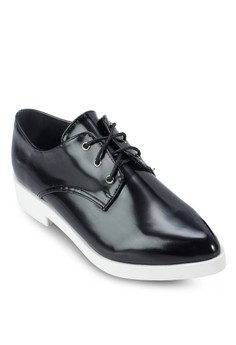 Lace Up Pointed Derby