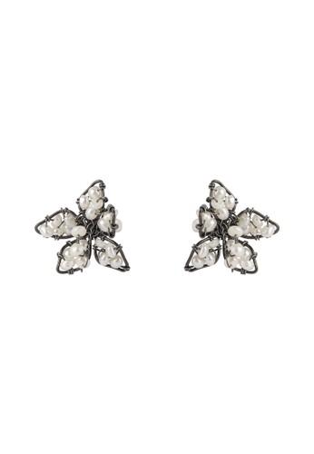 BIRRU JEWELRY grey Aimee Flowers Earring Pearl Hematite 84BD8AC221234FGS_1