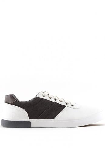 World Balance white Redfield MS Sneakers WO444SH0JRB1PH_1