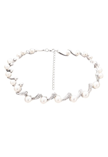 Red's Revenge white and silver Classic S-Hook Pearl Necklace RE144AC0S0U4MY_1