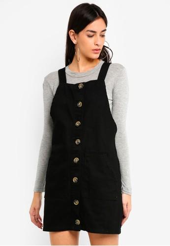 MISSGUIDED black Horn Button Through Denim Pinafore Dress D1EAEAA7A7460FGS_1