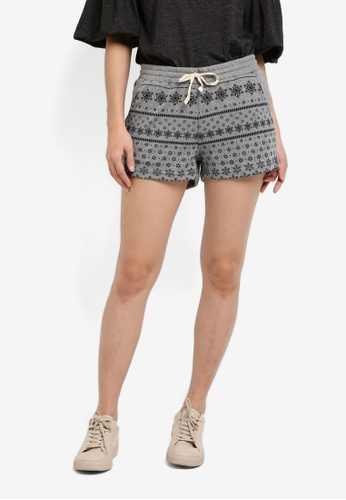 UniqTee grey Christmas Print Runner Shorts UN097AA0SHD3MY_1
