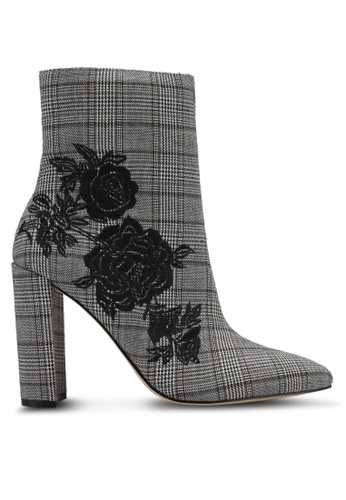 Miss Selfridge black Denmark Checked Embroidered Boots MI665SH0SS6VMY_1