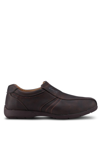 Louis Cuppers brown Slip On Casual Shoes 4683FSH99D3D24GS_1