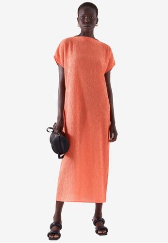 COS orange Long Crinkled Dress CDAB7AA6CF8233GS_1