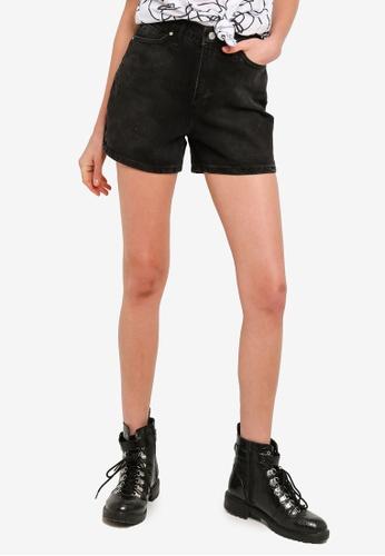 Trendyol black Black Basic Denim Shorts 9300EAAE27D5F2GS_1