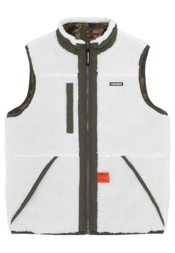 Fingercroxx white Bigfoot reversible camo vest 0B946AA2AA5CC2GS_1