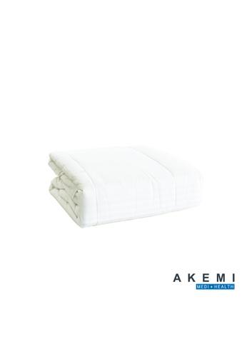 AKEMI white AKEMI Medi + Health Hybrid Breathable Bamboo Quilt. 24910HLF11E50DGS_1