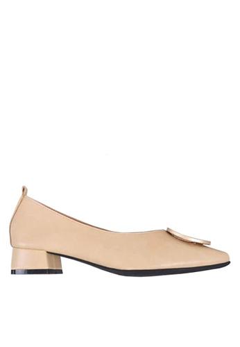 Twenty Eight Shoes beige Pointed Mid Heel with Buckle VL1702 6B57ESH436B3DAGS_1