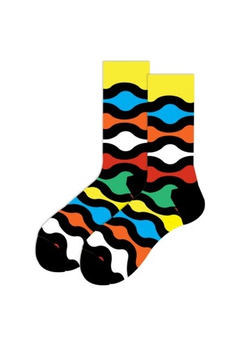 Kings Collection red Colorful Wave Pattern Cozy Socks (EU39-EU45) 9F859AA6302F53GS_1