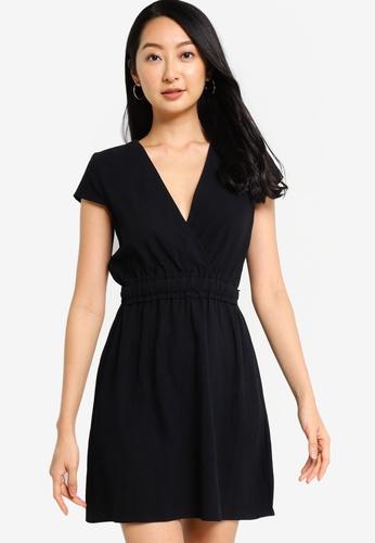 ZALORA BASICS black Cap Sleeve Mini Dress with Waist Detail 7F70CAA1047CCEGS_1