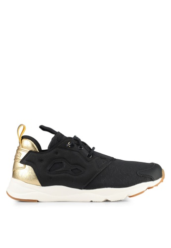 Reebok black and gold Furylite MP Shoes RE691SH0SVZYMY_1