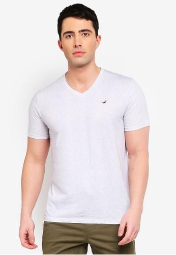 b3c9a8651f0f Buy Hollister Short Sleeve V-Neck T-Shirt Online on ZALORA Singapore