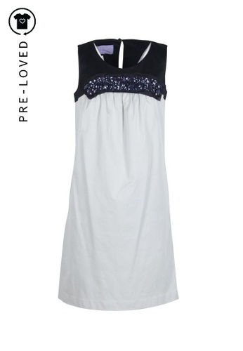 Vera Wang grey Pre-Loved vera wang Lavender Label Embellished Shift Dress With Pockets 1FF4BAA0FF67B7GS_1