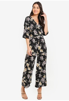 9ad484b69793 ZALORA black and multi Kimono Jumpsuit 4B4ECAAC6715C0GS 1
