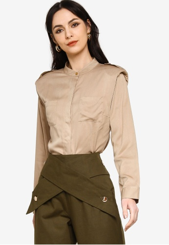 Zalia beige Front Pocket Shoulder Pad Shirt 559F4AA0E7E42DGS_1