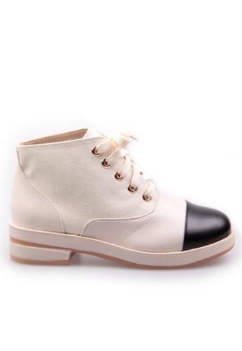 Sunnydaysweety white Big Sale Item - New White with Black Top Flat Shoes S101408 SU219SH0FAKRSG_1
