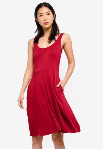 ZALORA BASICS red Basic Strappy Midi Fit & Flare Dress 7E32CAA209CCECGS_1