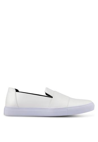 ZALORA white Contemporary Slip On Sneakers 1D174SHD9E4951GS_1