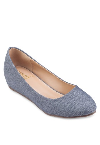 Plain Low Wedge,esprit台灣outlet 韓系時尚, 梳妝