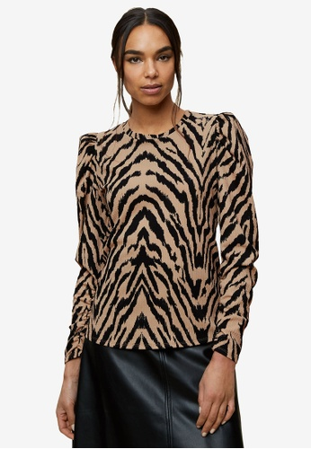 Dorothy Perkins black Tiger Print Textured Top 89FBDAA81B9931GS_1