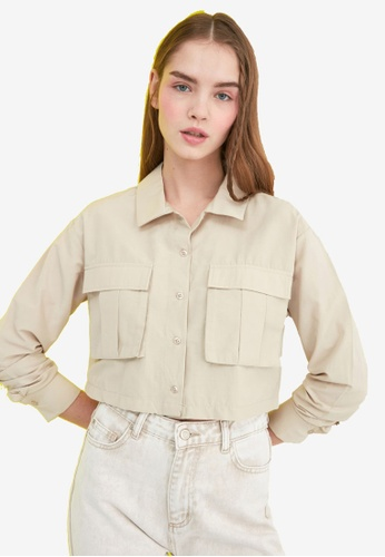 Trendyol beige Double Pocket Cropped Shirt 42478AA6629602GS_1