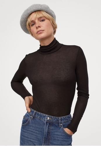 H&M black Fitted Polo-Neck Top CEFF9AA6D23630GS_1