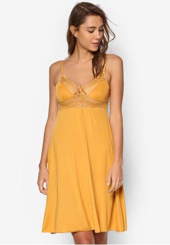 基本zalora 台灣款蕾絲細肩帶睡裙, 服飾, 睡衣, 睡裙和連身內衣