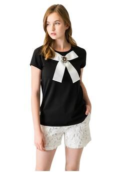 【ZALORA】 OUWEY歐薇 甜美珠飾蝴蝶結圓領上衣