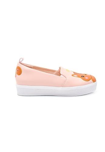 Elisa Litz pink Acorn Squirrel Sneakers (Pink) B497ESHDA671F6GS_1