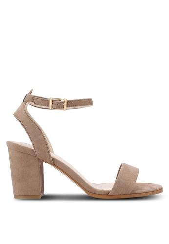 ZALORA 米褐色 露趾繞踝粗跟鞋 F171FSHA58EA9AGS_1